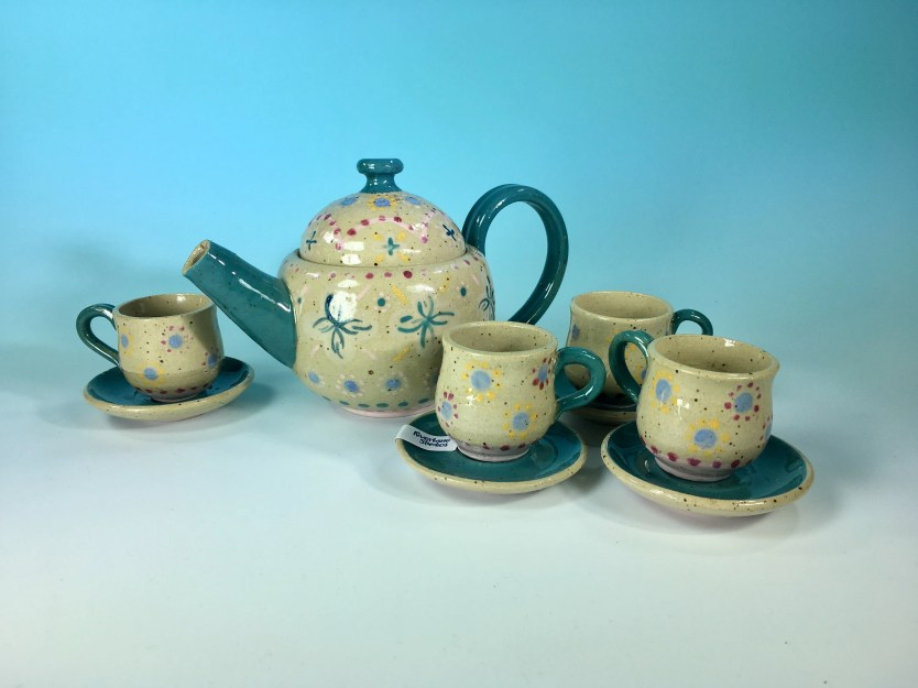 Tiny Tea Set / Child-SIze...