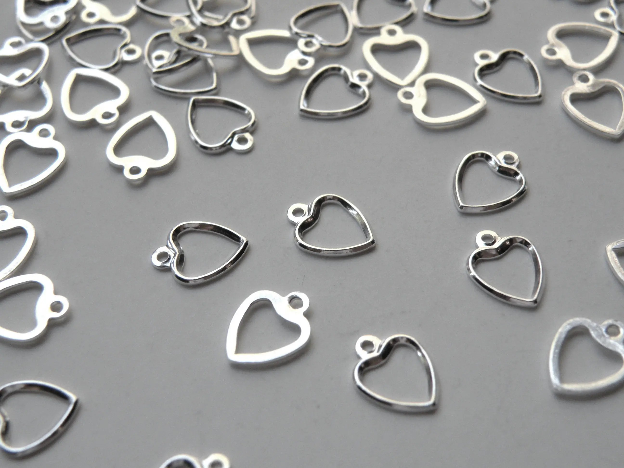 20 Simple Little Open Heart Charms Shiny Silver Plated