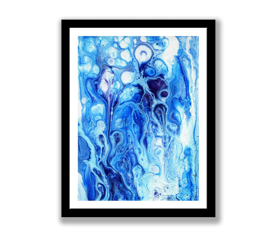 Blue and white abstract p...
