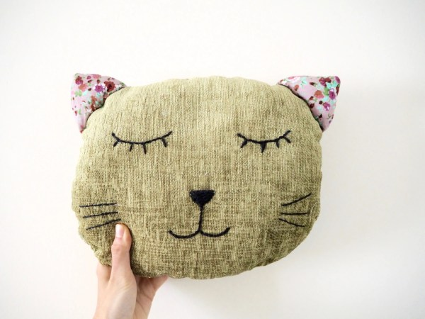 free cat cushion cover to knit # 89