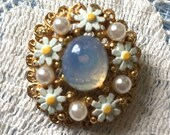 Vintage Cabochon Moonstone Center with Enamel Daisy Flowers Pearls and Rhinestones on Filigree Gold Tone Pin Brooch Elegant & Pretty!