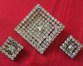 Stunning Vintage Clear Rhinestones Large Brooch Pin and Matching Earrings Demi Parure Set 1950s 1960s Shimmering Diamonte Jewelry Gorgeous!