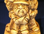 """Paula Hippie Sillisculpt """"Our Highly Skilled and Intelligent Personnel""""  from 1972. A great retro Gift Statue W-241."""