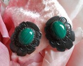Vintage Sterling Silver Oval Earrings Navajo Concho Malachite Jade Green Cabochon Signed LO Stunning!