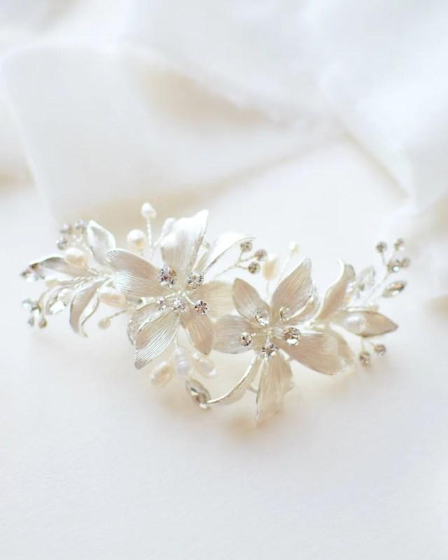 rhinestone hair clip, freshwater pearl bridal hair clip, floral wedding hair clip, flower hair clip, hair clip for wedding ~tc-2284
