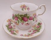 """1960s Vintage English Queen Anne Bone China Special Flowers  """"Wildflowers""""  Footed Teacup and Saucer Set Fantastic Tea Cup"""