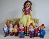 Extremely Rare Vintage Deluxe Reading Walt Disney Snow White and the Seven Dwarfs Unbreakable Vinyl Dolls in Original Box