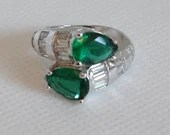 Emerald Green Tear Drop and Rhinestone Baguette Wrap Around Ring on a Sterling Silver Setting in Ring Box Size 7.25