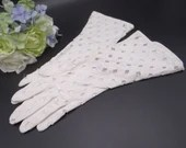 Vintage White Open Hole Cotton Gloves - Very Pretty Summer Gloves - Tea Party - Bride Bridesmaids