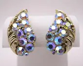Signed Lisner Vintage Blue Aurora Borealis Rhinestone Clip On Earrings on a Gold Tone Tone Setting Pretty Bling Bling Earrings