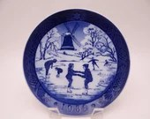 "Royal Copenhagen 1989 Christmas Plate ""The Old Skating Pond"""