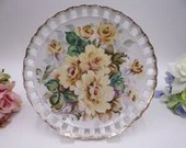 1950s Vintage Colorful Rose Reticulated Lattice Hanging Plate