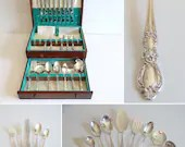 1847 Rogers Bros Heritage 57 Piece Service for 8 Silverplate Flatware Set in Box a 5 Piece Place Setting with 16 Teaspoons & 9 Serving Piecs