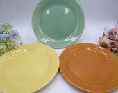 Vintage 1940s Bauer Pottery La Linda Salad Plate Orange