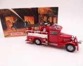 MIB Vintage Matchbox YFE06 Models of Yesteryear 1932 Ford AA Fire Engine Diecast Model Fire Engine