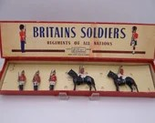 Antique Vintage Britains Soldiers Regiments of all Nations in Original Box - #1