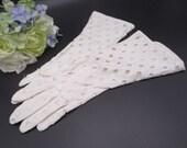 Vintage White Open Hole Cotton Gloves - Very Pretty Summer Gloves - Tea Party - Bride Bridesmaids