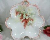 Gorgeous Hand Painted Large Serving Leaf Dish.