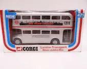 MIB Vintage Corgi 471 London Transport Silver Jubilee Bus Die Cast Toy Car Bus in Original Box