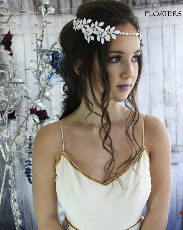 bridal hair wreath, white flower crown, bridal hair vine, flower hair accessories, bohemian hair wreath, floral hair vine, beach wedding