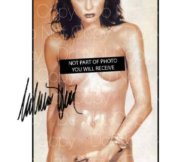 Melania Trump Signed Sexy Hot Nude X Photo Picture Poster Autograph Poster Rp