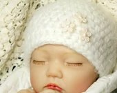 Snow White Beanie w/Pink Flower Button Embellishments - Size 0-3 Months