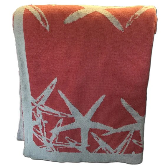 Coral Starfish throw made from recycled cotton
