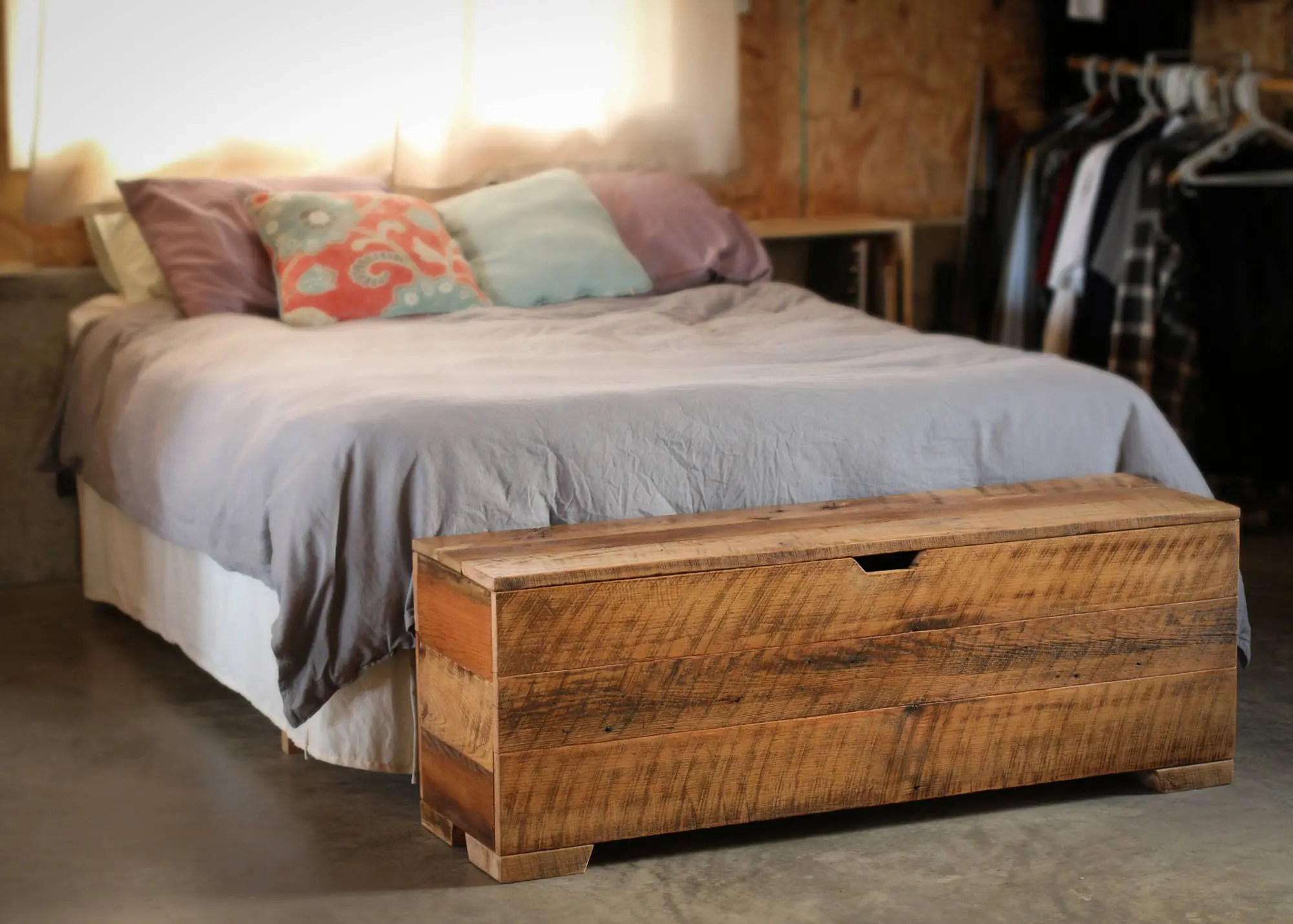 storage bench 50 bedroom bench hope chest end of bed bench bedroom storage bench trunk barn wood reclaimed wood barn wood
