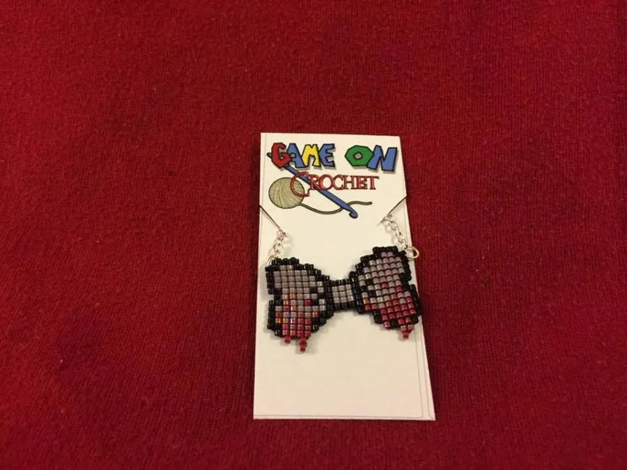 Zombie Bow Necklace...