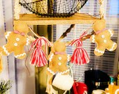 Craft Kit for Gingerbread and Tassels Garland