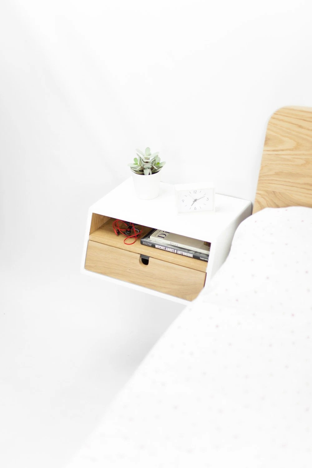 White Floating Nightstand Bedside Table Drawer In Oak Mid