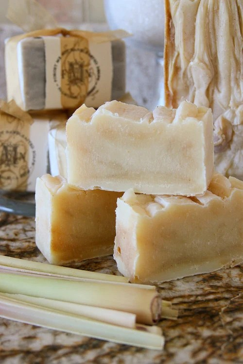 1 bar Sweetie Pie: natural, handmade soap with tumeric & nourishing natural butters
