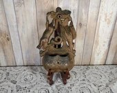 Cast Iron Game Hunting Rabbit Bird Basket Wall Match Safe Holder