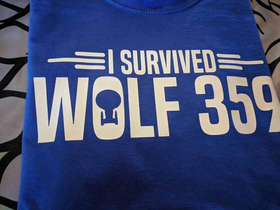 Star Trek T-Shirt - I Survived Wolf 359 - Loads of colours