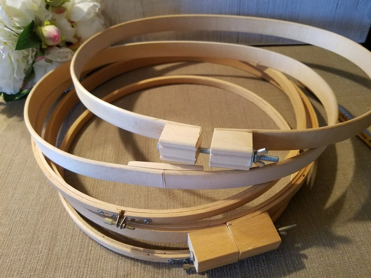 5 Large Vintage Natural Wood Embroidery Hoops/ Screw Tensions for Cross Stitch