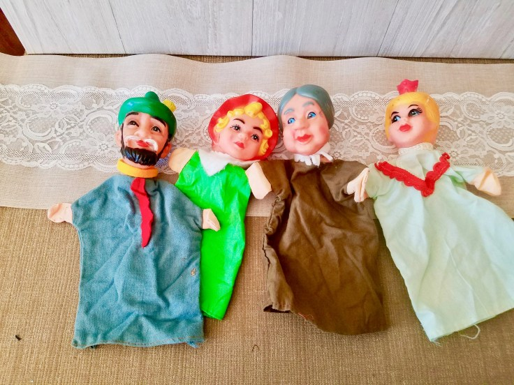 Vintage Worlds Famous Fairy Tale Puppet Show Puppets Red Riding Hood Story puppets Wolf Grandma Woodsman set/ In Original Box