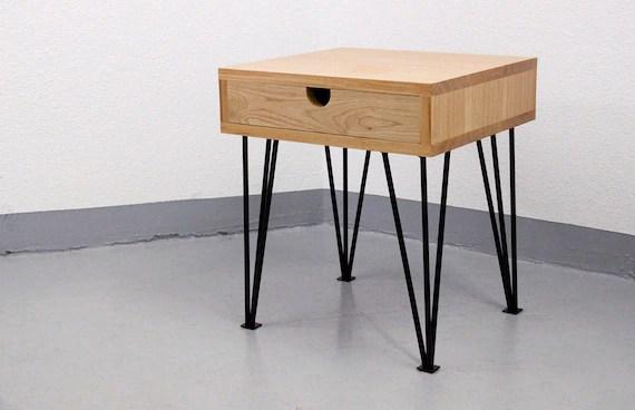 table de chevet chene massif et metal epingle