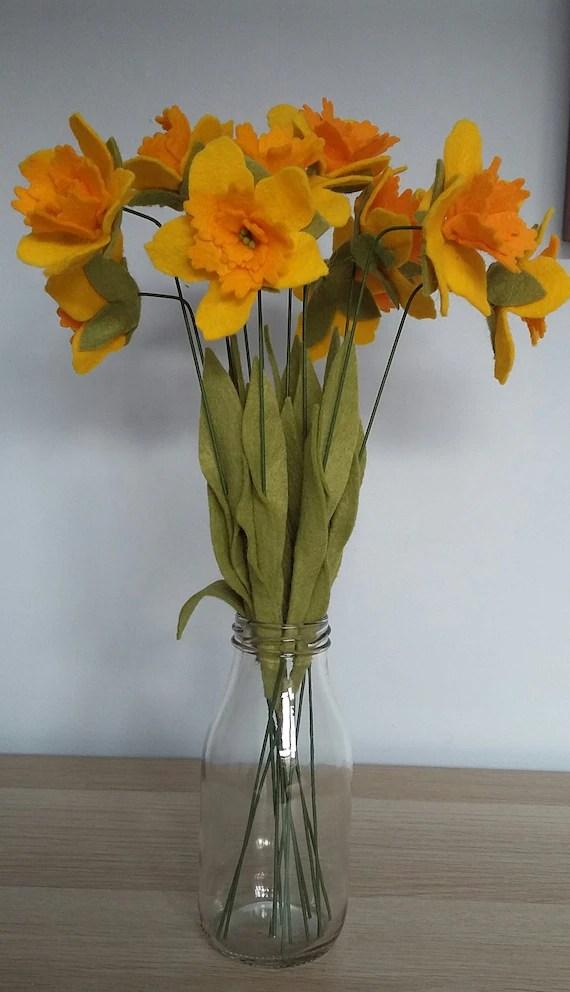 Felt daffodil bouquet
