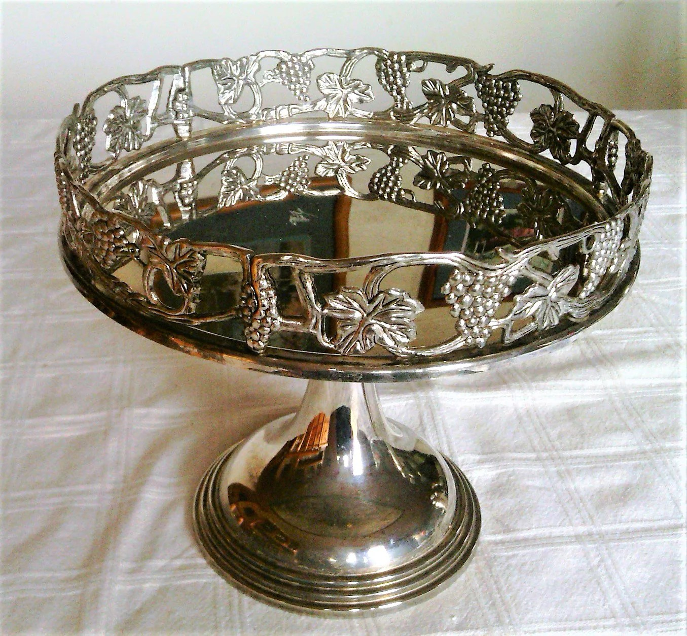 Vintage Silverplate Footed Or Pedestal Dessert Or Cake