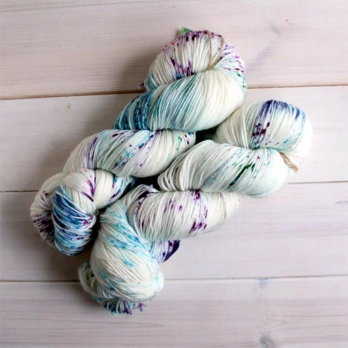 Geeky yarn - Pixelated Un...
