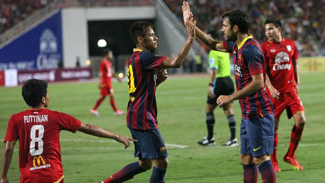 Neymar scores first for club in Barca romp  - Football - Liga