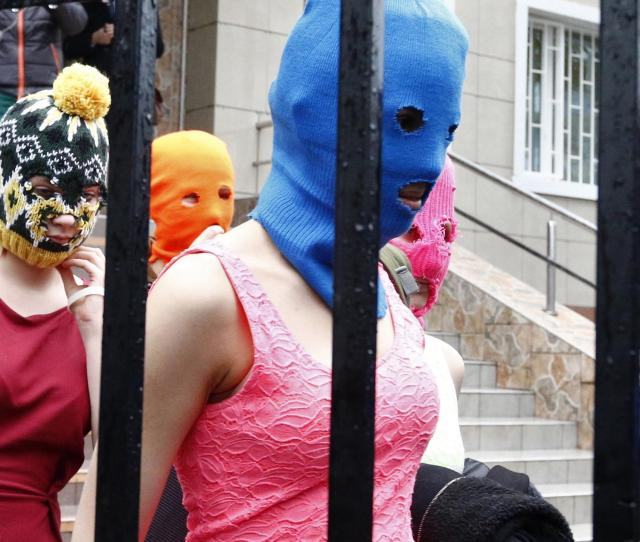 Pussy Riot Criticise Russian Games In New Video