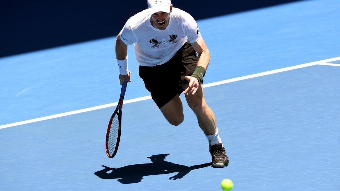 Andy Murray à l'échauffement lors de l'Open d'Australie 2017