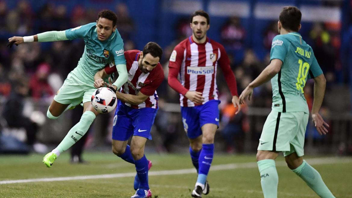 Neymar face à Juanfran