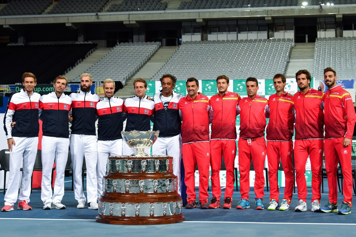 French and Spanish team players in semifinal / Davis Cup