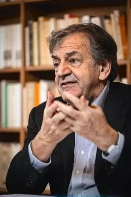 """«Je pense que le mot """"migrant"""" est en lui-même très révélateur», explique Alain Finkielkraut."""
