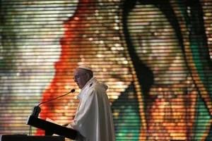 Le pape François prêchant, lors de la messe du 13 février dans la basilique Notre-Dame de Guadalupe, à Mexico.