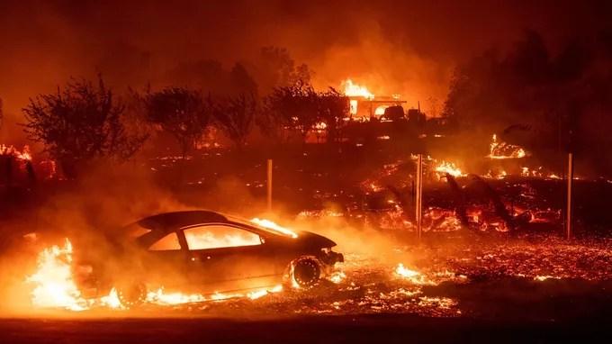 La ciudad del Paraíso destruida por las llamas.