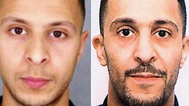 Les frères Abdeslam - Brahim, 31 ans, et Salah (à gauche), 26 ans, de nationalité française. Ils ont grandi à Molenbeek, à Bruxelles. Le premier a participé à la tuerie des terrasses avant de se faire exploser boulevard Voltaire. Le second, décrit comme le logisticien des attentats, a été arrêté vendredi en Belgique.