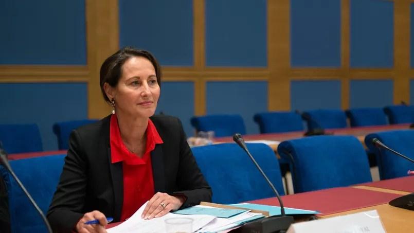 Ségolène Royal, ministre de l'écologie, a annoncé l'abandon de l'écotaxe en octobre 2014